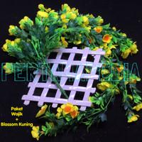 Bunga Plastik/ Daun Rambat/ Rumput Plastik/ Floral Foam/ Blossom Wajik