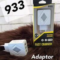 Adapter Charger 3usb Led 4.2A Model P10 933 Batok Charger 4.2A Bagus