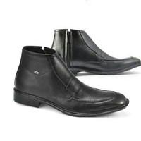 Sepatu pria CBRSIX PCC 400, Bahan kulit / Warna hitam / ukuran 38 43