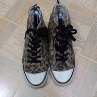 ADIDAS ZIVIL COURAGE   SIZE 41   sneakers pria   sepatu second import