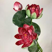 Teratai 3 cabang/bunga plastik /daun plastik - Merah
