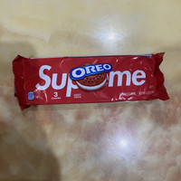 OREO X SUPREME COOKIES