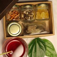 Minuman tradisional Wedang Rempah Paket Hampers Premium