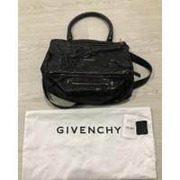Givenchy pandora medium pepe bag
