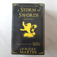 Buku A STORM OF SWORDS by George R.R. Martin - Game Of Thrones