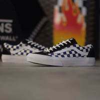 Vans style 36 Checker board / Dress Blue