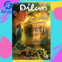 Buku Novel Dilan 2 Dia adalah Dilanku Tahun 1991 Pidi Baiq