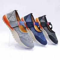Sepatu Wanita Slip-on Sol Karet Murah Casual Nyaman SGP-011