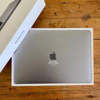 MacBook Pro 13 2018 i5-8-256GB-MR9Q2