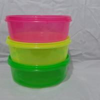 Toples Makanan Bulat 2 liter / Kotak Makan Plastik / Ompreng Plastik