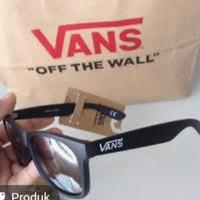 kacamata vans joker