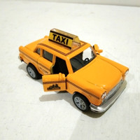 Diecast Miniatur Mobil