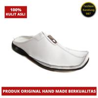 Sepatu sandal pria putih bahan kulit asli bustong putih clw023