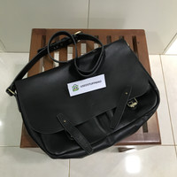 Tas Selempang/Postman Bag Kulit Asli (HITAM)