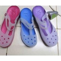 crocs maryjen women w5-9(