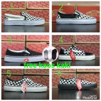 Vans Slipon dan Oldskool Checkerboard grade ori