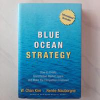 Buku Blue Ocean Strategy by W. Chan Kim Versi Inggris