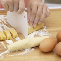 PANACHE Dough Cutter Baking Tool Alat Pisau Adonan Roti Kue