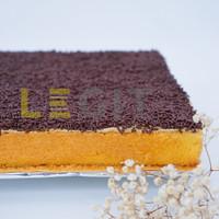 Premium Full Wijsman Bolu Jadul Coklat ( Premium Sponge Cake )