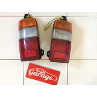 Stoplamp lampu belakang kijang kapsul 97-99 original bekas
