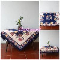 Taplak meja tamu batik ukuran 1x1 meter