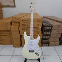 gitar listrik murah fender stratocaster brokenwhite bandung