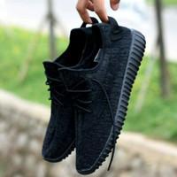 SALE ! Sepatu Adidas Yeezy Yezzy Boost Pirate Black Hitam