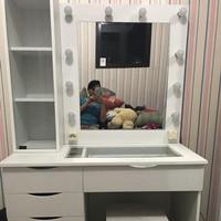 Meja Rias Artist Vanity mirror