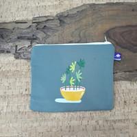 painted pouch anggraini craft. dompet pouch lukis - plantae 3