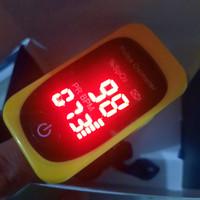 Oximeter Fingertip Pulse Sp02 Alat ukur saturasi oksigen darah