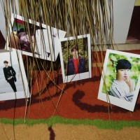PAKET CETAK FOTO POLAROID 2R + WOODEN + TALI RAMI (Satu Paket Dekorasi