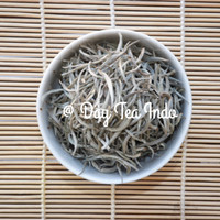 Premium White Tea Silver Needle / Teh Putih
