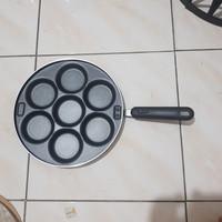 Cetakan Kue Supra Martabak Mini 7 Lubang + tutup kaca. Pan Cake Supra