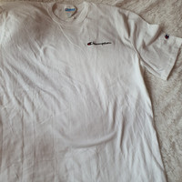 Champi*n small logo embroidery tee