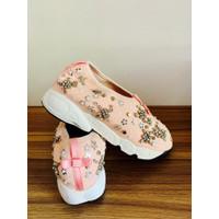 sepatu wanita kets sneakers casual branded preloved shoes merk dior