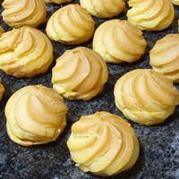 [Kue Basah] Kue Soes Mini Enak isi Vla Original, Durian, Coklat, Keju - Original Rhum