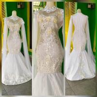 baju wedding modern putih akar bulu