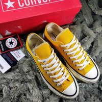 sepatu converse yellow kuning
