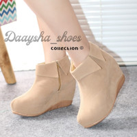 daysa-sepatu boots wedges bkr 12 - Tan, 40