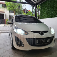 Philips LED Mazda 2 package