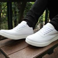sepatu sneakers pria putih kets olahraga santai nz 330 - Putih, 38