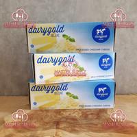 KEJU CHEDDAR PARUT/ DAIRY GOLD BLUE CHEESE 2 KG ENAK HALAL