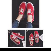 Korea Women Shoes / Sepatu Canvas Wanita 705 (Size 35-39)