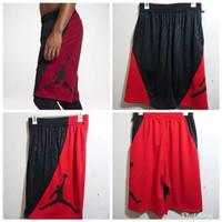 Celana Basket Jordan Rise Vertical Grade Ori Variasi Merah/Putih