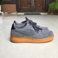 Sepatu nike air force 1 '07 low pewter gum sneakers