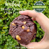 Best NYC Soft Baked Chewy Walnut Double Chocolate Chips Cookies Enak