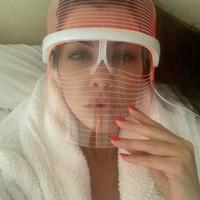 pdt led mask for facial treatment