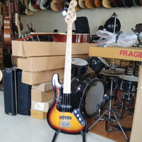bass elektrik / fender jazz bass