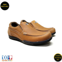 Sepatu kasual pria kulit asli model slip on premium KZ 02