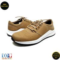 Sneakers pria terbaru bahan kulit sneakers premium RN 02